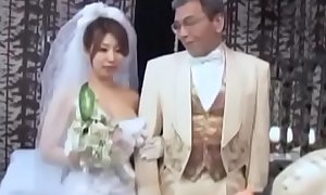 Japanese aged husband and young wife (Full: bit.ly/2C1A9lP)