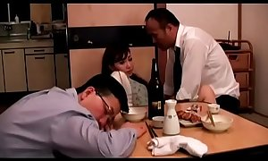 Japanese wife fucked next to husband (Full: bit.ly/2PhtJTr)