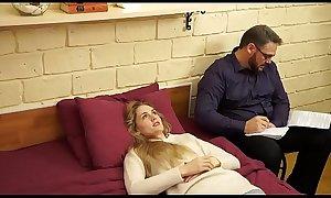 homem hipnotiza mulher pra fazer sacanagem