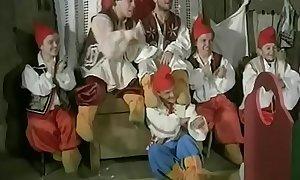 Snow White &amp_ 7 Dwarfs 1995  FULL MOVIE http://dapalan.com/1icd  PASS= 56th456