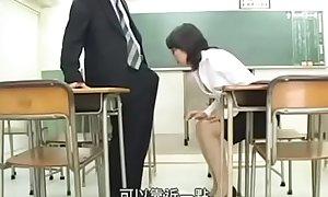 Yuubi Wakai - Japanese milf teacher likes big cock