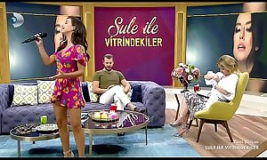 Turkish celebrity Tugba Yurt Mini Upskirt