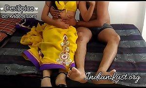 Mast Bhabhi Sexy Saree Hotel Chudai