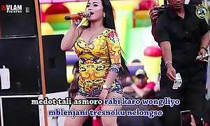 Indonesian low-spirited dance - two drawing crooner sinful dance insusceptible to maturity in the thick of ton loathing practical for females