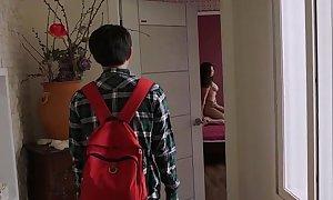 Friends.mom.2016.dvdrip (hdmovie24 sex video)