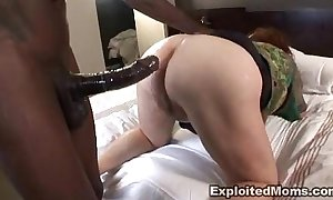 Chunky mature bbw receives ass fucked approximately interracial anal dusting