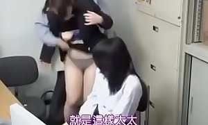 japanese mom and daughter -8