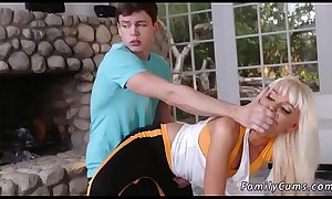 Amateur riding daddy first time Stretching Your Stepmom