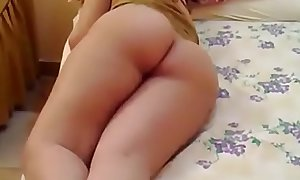 Young Arabic Pussy And Perfect Ass