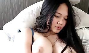 Super horny and big tits Asian cum on cam show