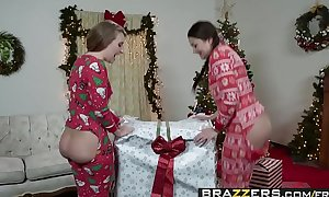 Brazzers - Big Wet Butts - (Allie Haze, Harley Jade, Charles Dera) - Anal Xmas - Trailer preview