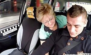 Czech mature blonde beyond hope taxi-cub drivers cock