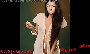 Alia Bhatt bollywood Nipple and breast (sexwap24xxx porn video)