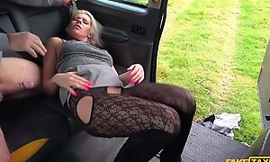 Spunky kirmess MILF gets fucked apart from horny taxi driver
