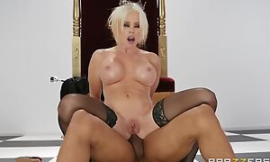 Pale MILF round black stockings gets fucked round the ass
