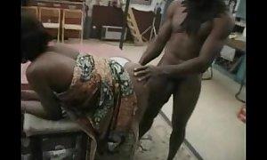 Mapouka - dedja have sexual intercourse - 3