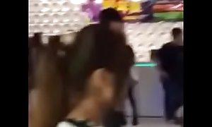 Taiwan 2015.11.29 新竹笑傲江湖KTV 傳播打架 2