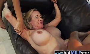 (brandi janice) sexually excited older housewife like to ride massive penis on livecam mov-06