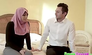 FamilyOrgasmsex video xxx - Irani Bombshell Fucked by Nephew