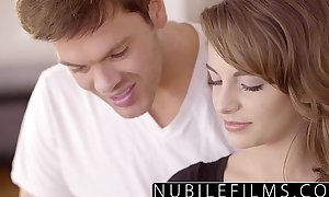 Romantic sex for kimmy granger ends with facial
