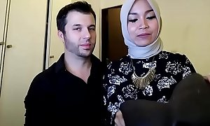indonesian hijab, FULL &gt_&gt_&gt_ https://ouo.io/ZmPQWTP
