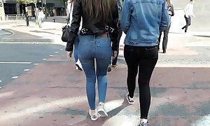 Jeans Voyeur 16