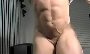 Muscle hermaphrodite jerks her little ding-dong