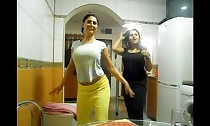 Sexy 2 arab gals love bubbles show love tunnel show