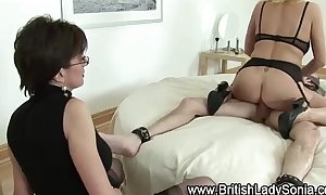 Mature stockings wench copulates