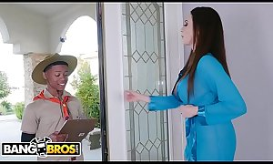 BANGBROS - MILF Ariella Ferrera Trades Pussy For Lil D's Scout Cookies