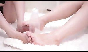 Loli girl playing with bottle - pornn.pro asiansistesex xxx video porn
