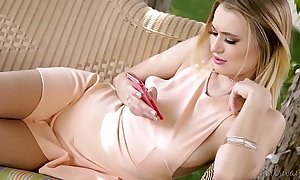 The art of foreplay with gia paige and natalia starr - girlsway