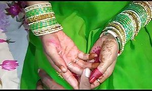 Just Married shalni  ki hotel me chudai  Saree sex full HD