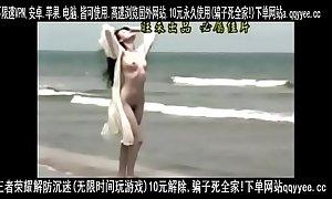 不多见的国产明星,舒淇大胆拍摄色情MV,露脸露胸露逼。身材很好。
